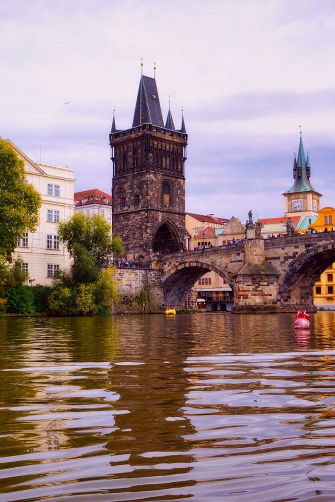 Visiter Prague - La tour du pont de la vieille ville