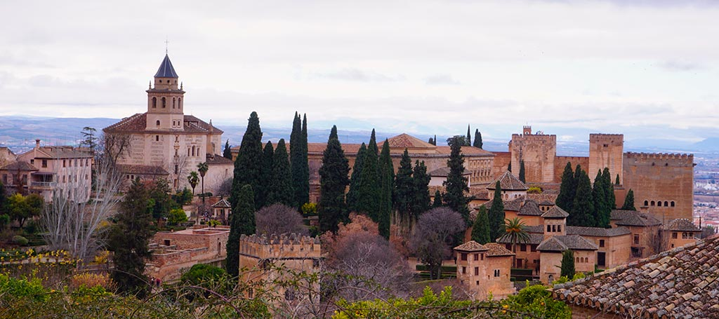 Vue sur l'Alhambra depuis le Generalife