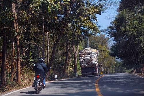 Louer une voiture en Thaïlande : bonne ou mauvaise idée ?