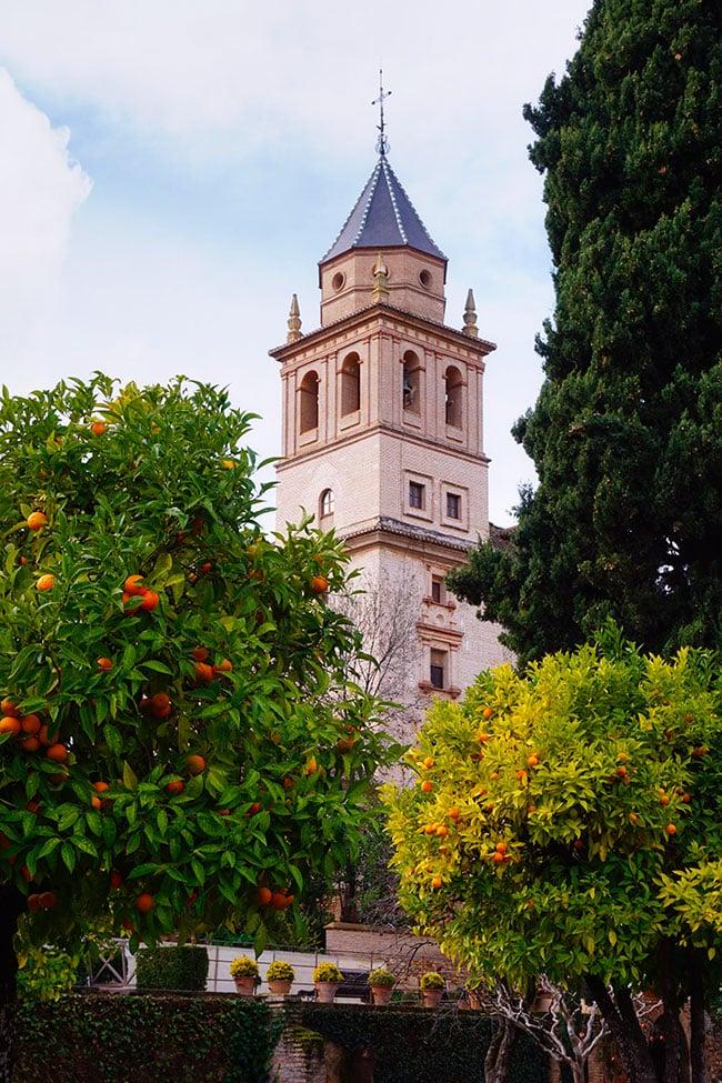 Les jardins du palais de l'Alhambra à Grenade