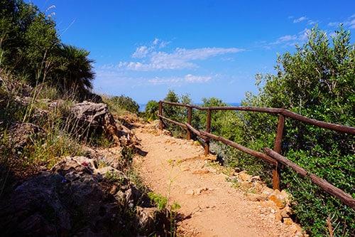 Randonnée dans le parc du Zingaro