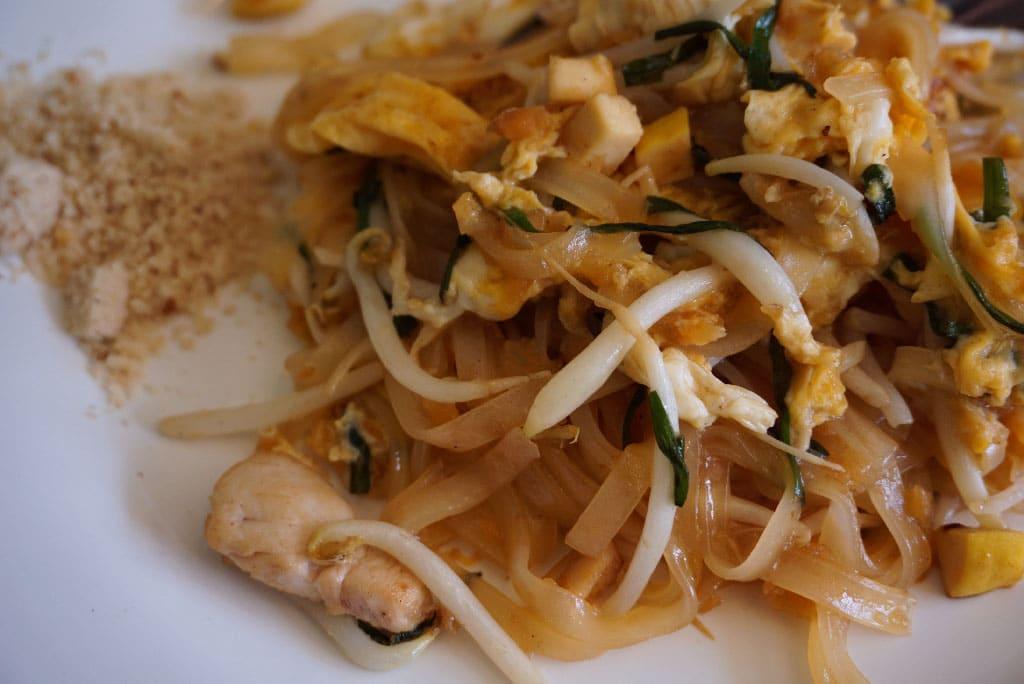 Pad Thai, plat bon marché en Thailande