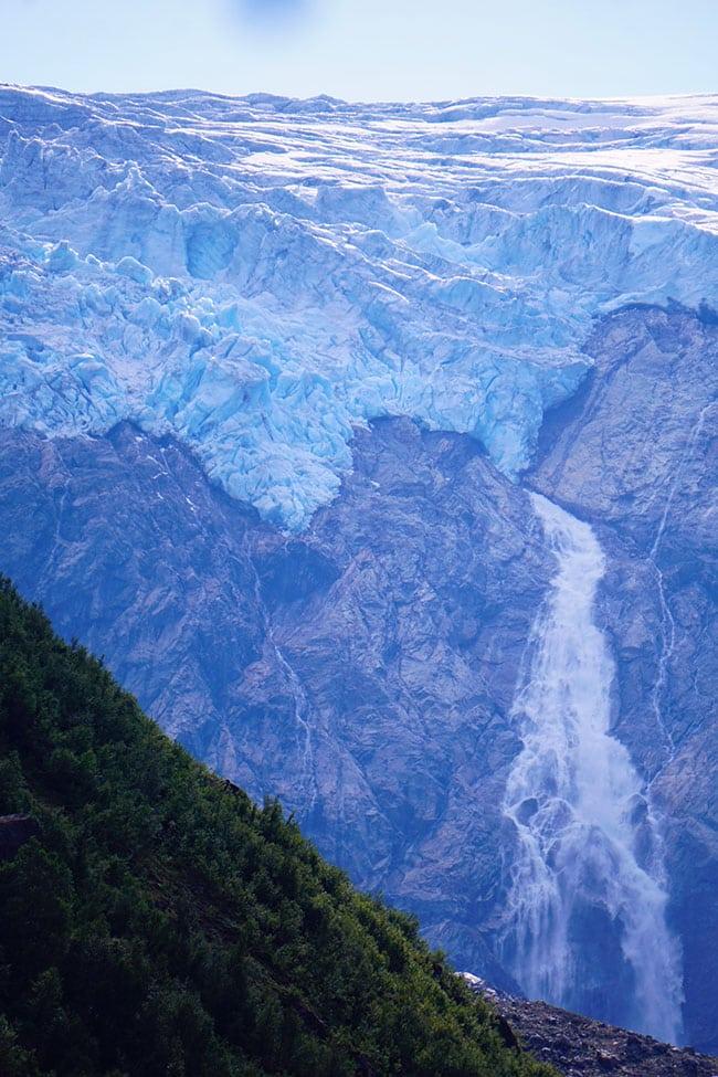 Le glacier Buarbreen en Norvege
