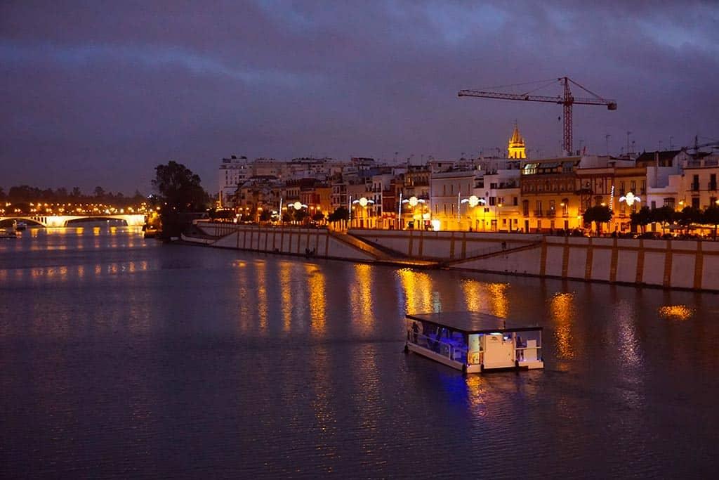 Visiter Seville de nuit : le quartier de Triana