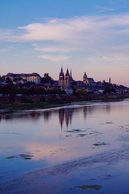 Vue sur Blois depuis les bords de Loire