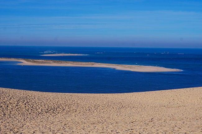 Image du banc d'Arguin face à la dune du Pilat