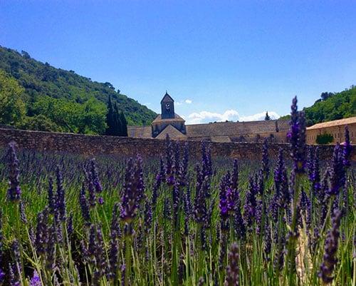 Où partir en vacances en France cet été : Road trip en Provence