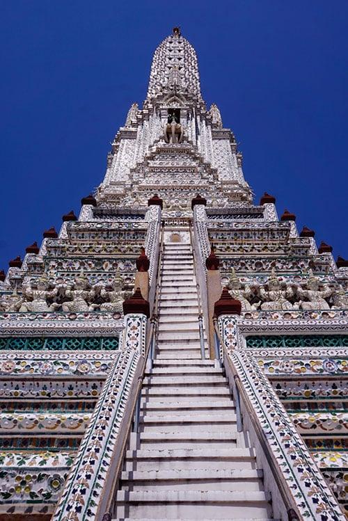 Photographie depuis le pied du Wat Arun