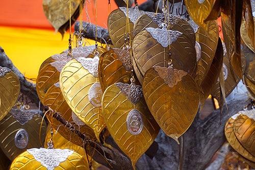 Photographie de d'ornements autour des temples de Chiang Mai