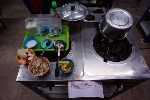 Préparation d'un cours de cuisine à Chiang Mai