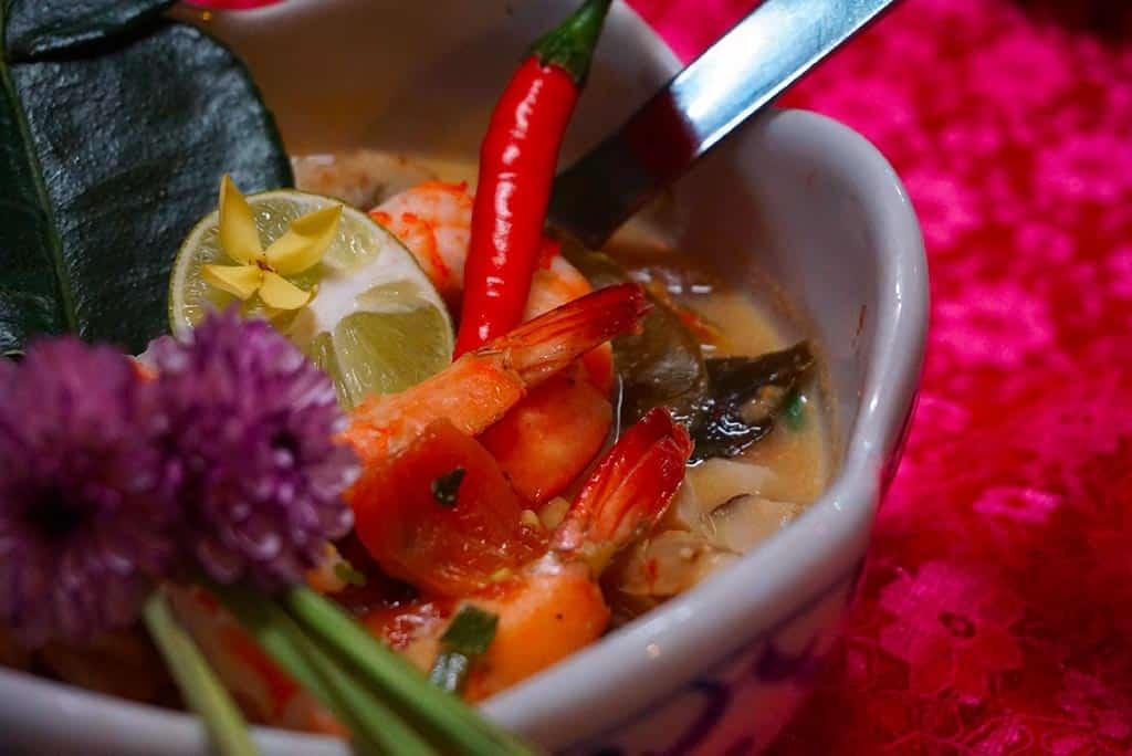 Soupe de coco réalisée lors d'un cours de cuisine à Chiang Mai