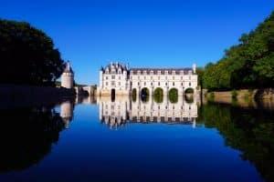Photographie du chateau de Chenonceau depuis le Cher
