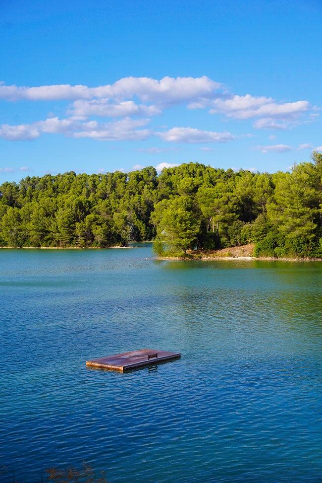 Lac de la Cavayère à proximité de Carcassonne