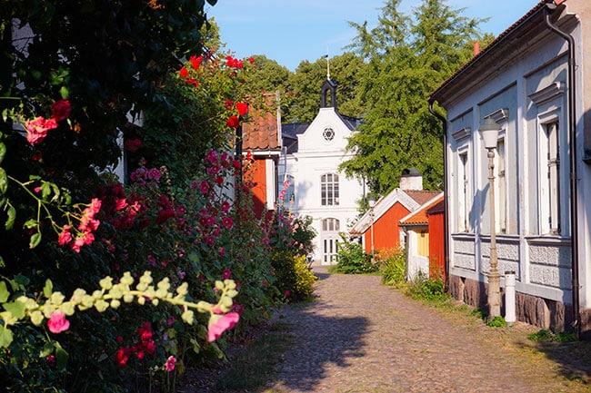 Photo des petites ruelles piétonnes de la vieille ville de Kalmar