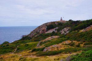 Photographie d'un phare pendant notre road trip en Suède