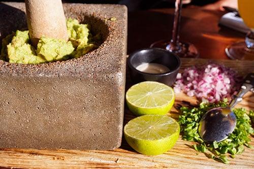 photographie d'un guacamole dans un restaurant de goteborg