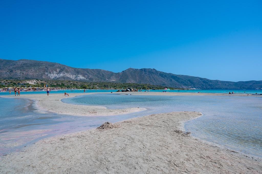 Photo du sable rose de la plage d'elafonisi