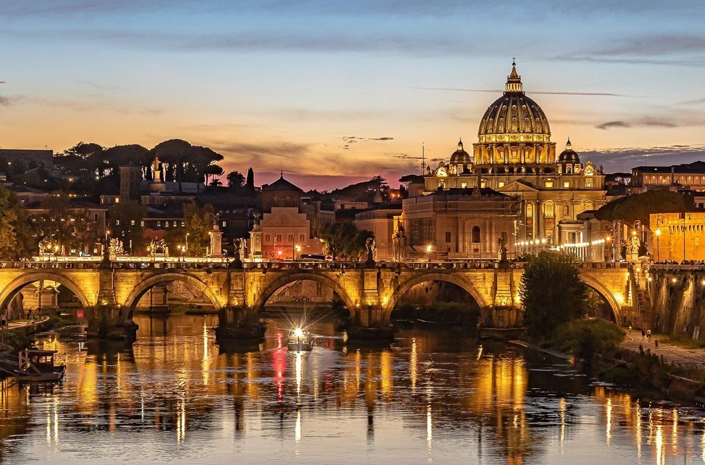 Photographie de rome de nuit