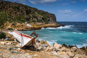 Photographie de la plage d'Afrata à proximité de La Canée