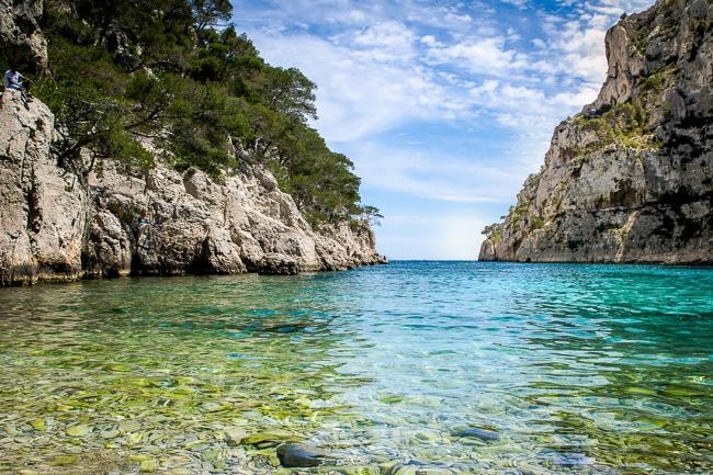 Photographie d'une plage des calanques de Marseille